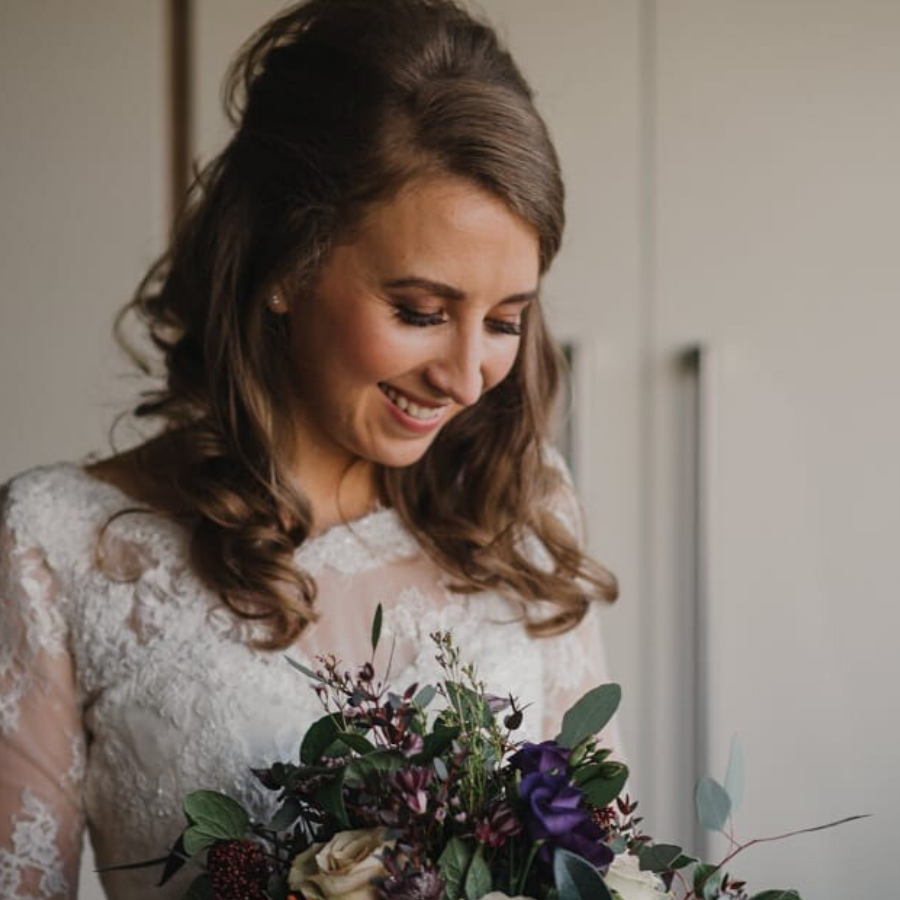 Charlotte Holder Hair, featured image, Glenfall House, Cotswold Wedding Venue